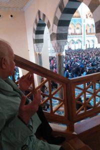 Çamlıca camii'nde Dualarım ve ben Nazım Siyavuşoğlu